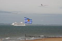 Zeeuwse trots (Omroep Zeeland) Tags: cruiseschip cadzandbad westerschelde vliegerfeest sevenseasvoyager geleinjansen zeeland nederland holland