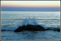 Vagues (Les photos de LN) Tags: ocanatlantique ledenoirmoutier vagues cume ciel lumire couleurs crpuscule paysage mare vende