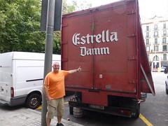 Barcelona (bruvvaleeluv) Tags: barcelona catalunya catalonia spain passeig de gracia estrella damm
