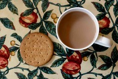 Quintessestially English: tea and biscuit (cure di marmo) Tags: food drink tea biscuit tabletop