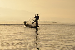 Inle lake sunrise (_DSC7474) (Tartarin2009 (+2,6 Mio views)) Tags: tartarin2009 travel myanmar inlelake lake water mist boat boating fisherman sepia d600 nikon intha outdoor landscape shade reflection silhouette sunrise