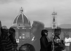 DUE (Ali-smile!) Tags: people italy reflection florence italia torre campanile cupola firenze museo uffizi brunelleschi vetro giotto terrazza contrasto santamariadelfiore rilesso visitatori