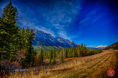 Stopping for a view (Kasia Sokulska (KasiaBasic)) Tags: canada mountains fall beauty landscape kananaskis alberta rockymountains