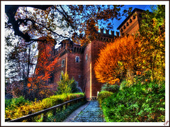 "The castle of the ""Borgo Medioevale"" (Tizi@no56 (painting with light)) Tags: autumn italy panorama color castle leaves foglie alberi landscape torino postcard piante autunno turin castello medioeval cespugli borgomedioevale parcodelvalentino coloriautunnali mygearandme mygearandmepremium rememberthatmomentlevel4 rememberthatmomentlevel1 rememberthatmomentlevel2 rememberthatmomentlevel3 rememberthatmomentlevel7 rememberthatmomentlevel9 rememberthatmomentlevel5 rememberthatmomentlevel6 rememberthatmomentlevel8"