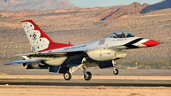 THUNDERBIRDS 2 LANDING /  (bluerain2012) Tags: lasvegas military thunderbirds nellisafb   d3200  aviationnation2012