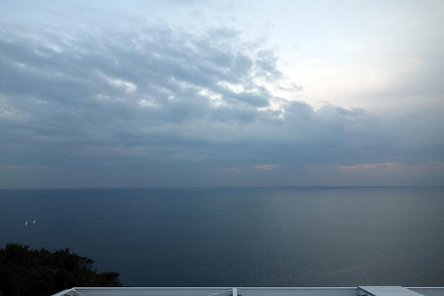 江ノ島の頂上から見る海の眺め