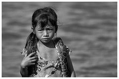 mekong river (paolo paccagnella) Tags: portrait blackandwhite bw beauty face photo eyes foto child paolo snake fiume best bn sharp freehand bianco ritratto nero biancoenero unsharp serpente pitone canonefs1755mmf28isusmlens ambientato canoneos7d phpph phpphotography phpph2012 canonlens70200mmf4lisusm