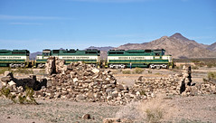 Time for a break at Rice, AZ. (delticfan) Tags: shortlines arizonacaliforniarailroad arzc arzc3001 arzc3803