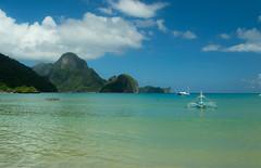 El Nido (Jeremy.Fox) Tags: ocean sky mountain green beach beautiful philippines el nido palawan me2youphotographylevel2 me2youphotographylevel3 me2youphotographylevel1 me2youphotographylevel4 e2youphotographylevel4