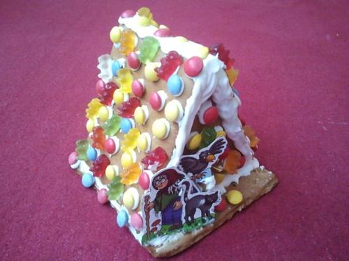 #Pfefferkuchenhaus von Oma für Sohnemann. Mit #Haribo und #Smarties