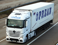 Mercedes Actros new look B470 AND (gylesnikki) Tags: white truck artic mp4 2012 oprean
