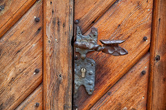 160525_152417_AB_4739 (aud.watson) Tags: europe germany saxony meissen river elbe albrechtsburg meissencathedral woodendoor door doorhandle doorlock