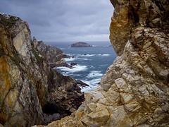 Entre Peas (Jaime Martin Fotografia) Tags: asturias nature sea landscape cabopeas cantabrico acantilado