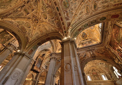 "Basilica di Santa Maria Maggiore, Bergamo Citta Alta • <a style=""font-size:0.8em;"" href=""http://www.flickr.com/photos/74375651@N05/29391416935/"" target=""_blank"">View on Flickr</a>"