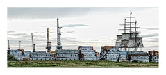 Vieux grement sur les quais du port de  Honfleur  Normandie  France (M.G6) Tags: quais port honfleur vieux bateaux grues portuaires grement
