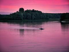 Purple Sunset (ilfotografodellapausapranzo1) Tags: theriver fiumepo poriver sunset purple tramonto cieloaltramonto