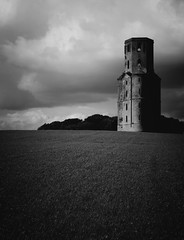 Horton Tower, Dorset, England (a.pierre4840) Tags: olympus omd em5 mzuiko 25mm f18 landscape bw blackandwhite monochrome noiretblanc tower folly horton hortontower dorset england shadow contrast architecture abandoned ruin
