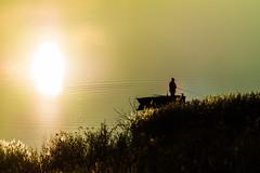 fishing (MatthiasX1) Tags: sunset lake germany landscape boats deutschland fishing sonnenuntergang samsung boote bateaux seen landschaft sonne csc fischerboot objektiv saxonyanhalt sachsenanhalt groskayna alemdagqualityonlyclub samsungnx50200mmois samsungnx200 groskaynaersee