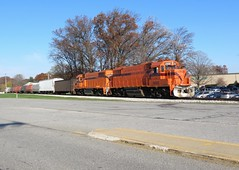 Kingsbury Bound (codeeightythree) Tags: city railroad south indiana shore freight gp382 shortline mochigan geeps