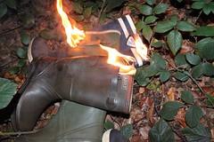 IMG_9927 (sim_hom) Tags: burning wellies