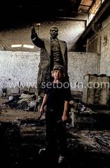 AL TR P118552 (setboun photos) Tags: art europe communism historical capitale albania politique southerneurope tirana capitalcity stalinism albanie realistart europedusud communistsymbol stalinisme stalinstatue politicalandsocialissue artstalinien artrealiste stalinistart symbolecommuniste balkaniccountry statuedestaline