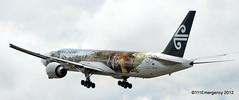 Hobbit Cast arrive in Wellington on Air NZ Boeing 777 (111 Emergency) Tags: new airport air zealand cast nz wellington boeing hobbit 77 tolkien