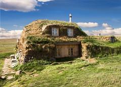 The hobbit (Fil.ippo) Tags: old house grass island casa iceland nikon erba hobbit filippo islanda d5000 saenautasel filippobianchi