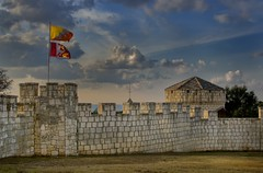 Castle Walls (Tom Haymes) Tags: sunset clouds texas falkenstein burnet castlewalls castlefalkenstein moderncastle texascastle burnetcountytexas falkensteintexas