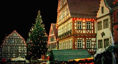 Weihnachtsmarkt in  der Leonberger Altstadt , 62-10/1736 (roba66) Tags: christmas schnee winter snow texture ice night weihnachten lights nacht weihnachtsmarkt neige leonberg marktplatz lichter textur effecte imlndle roba66 dhiver