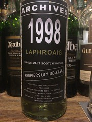 Laphroaig 1998 Archives Anniversary Release 14yo 53.8% (eitaneko photos) Tags: 2016 june whisky malt bottles single cl laphroaig 1998 archives anniversary release 14yo 538