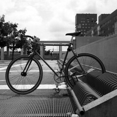 Bike (Valt3r Rav3ra - DEVOted!) Tags: rolleiflex medioformato bw biancoenero blackandwhite bike ilforddelta400 analogico film 120 6x6 valt3r valterravera visioniurbane urbanvisions streetphotography milanobicocca milano
