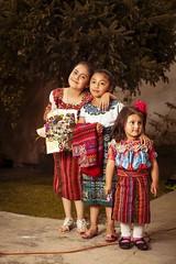 tipico_74 (edyn81) Tags: nia mujer trajeindigena maya atitlan mirador folclor guatemala traje blusa corte