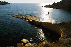 Boat in the wild nejna Bay - Marr - Malta (PascalBo) Tags: nikon d300 malta malte europe nejnabay gnejnabay marr mgarr seascape landscape paysage sea mer outdoor outdoors boat bateau pascalboegli
