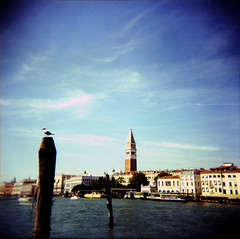 Venice (Etienne Despois) Tags: venice holga xpro travel travelplanet italy