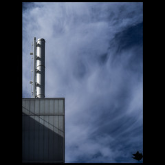 P9120758 (Geza (aka Wilsing)) Tags: minimalism urbanity brooks zd