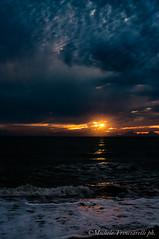 _DSC0979 (. ..::..::::....:::::m.trinciarelli photo::..:..) Tags: mare tramonto cielo spiaggia maredinverno pace
