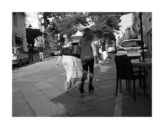 Women are beautiful (Franco & Lia) Tags: street fotografiadistrada photographiederue nuoro sardegna sardina biancoenero noiretblanc blackandwhite