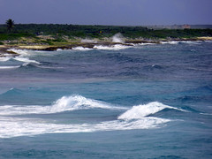 Cozumel Surf (vbvacruiser) Tags: cruise vacation caribbean ncl nclstar mexico central america cozumel water ocean surf waves