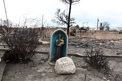 Religious statue (stephen nessen) Tags: point far breezy rockaway posthurricane hurricanesandy