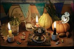 copal (iluminadora) Tags: dayofthedead remember diadelosmuertos remembrance incense recuerdos 2012 ofrenda incienso copal