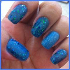 Azul com Gliter (8mlsdeamor) Tags: azul filhaúnica clubedoesmalte