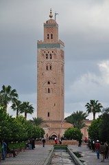 2010 01 Morocco, Koutoubia Mosque 06 (Mark Baker, photoboxgallery.com/markbaker) Tags: trees pool garden photo baker mark mosque palm morocco photograph marrakesh 2010 koutoubia picsmark