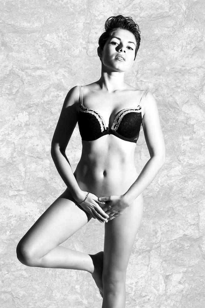 e030a93ce9 Amazing (VanessaMedina) Tags  blanco nude moda pushup desnudo sujetador  lencería