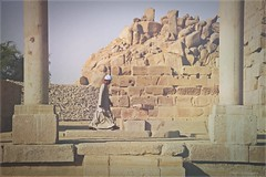 seul  Philae (malou-bp) Tags: temple person one solitude egypt egyptian only lonely marche seul