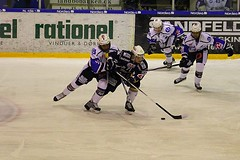 Kamp (Benny Hnersen) Tags: blue ice hockey is herning icehockey skate fox match puck eis spiel kamp stav schlittschuh ishockey skjte skjtehal