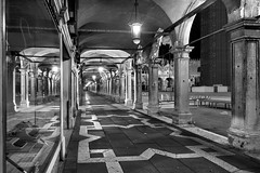 Notturno Veneziano - Piazza San Marco (carlo tardani) Tags: venezia venice piazzasanmarco colonnato bw bianconero blackandwhite nikond700 bestcapturesaoi mygearandme mygearandmepremium bestevercompetitiongroup mygearandmebronze mygearandmesilver magicunicornverybest rememberthatmomentlevel2 flickrstruereflection3 vigilantphotographersunite frameit frameitlevel2 vpu2 vpu3 frameitlevel3 vpu4 vpu5 vpu6 vpu7