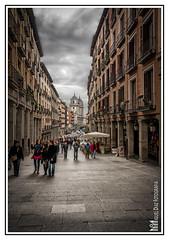 Calle de Toledo (Miguel Daz (Mad-King)) Tags: madrid espaa calle google nikon europa plazamayor marcas d300 comunidaddemadrid digitalblending fusiondigital