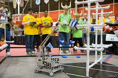 20121201 125442 1DX_3133 (danielernst) Tags: unitedstates michigan robotics firstrobotics ftc temperance firstinmichigan firsttechchallenge