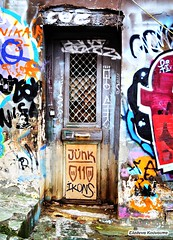Graffiti colors (Eleanna Kounoupa (Melissa)) Tags: colors graffiti ruins doors athens greece plaka
