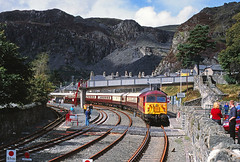 56081 with the Northern Belle from Chester stands at Blaenau Ffestiniog. September 2002 (47118.t21) Tags: grid chester belle northern ews 56081